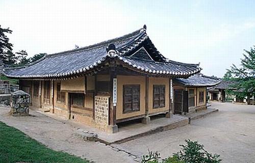 추사고택. 충남 예산군 신암면. 충남기념물 제43호. 두산세계대백과사전 사진