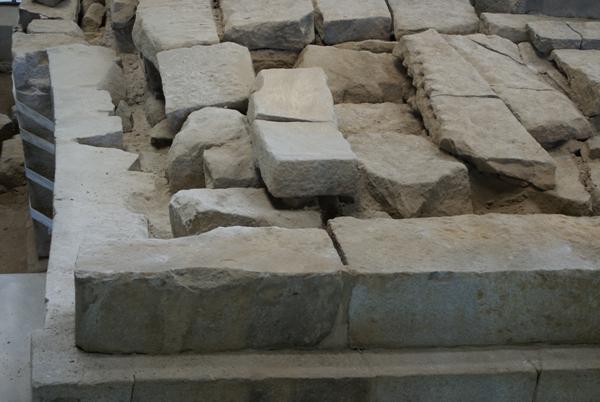 1층 탑신 남쪽 부재들 2
