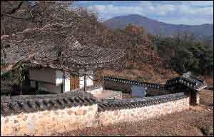 윤증고택. 충남 논산시 노성면 교촌리. 월간 윈 사진