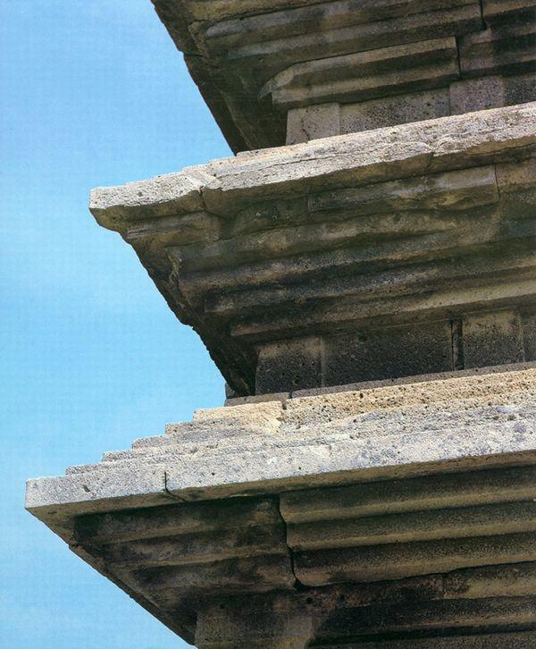 의성탑리오층석탑 옥개받침. 문화재청 사진