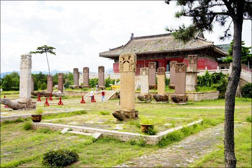 의무려산 부근 북진묘